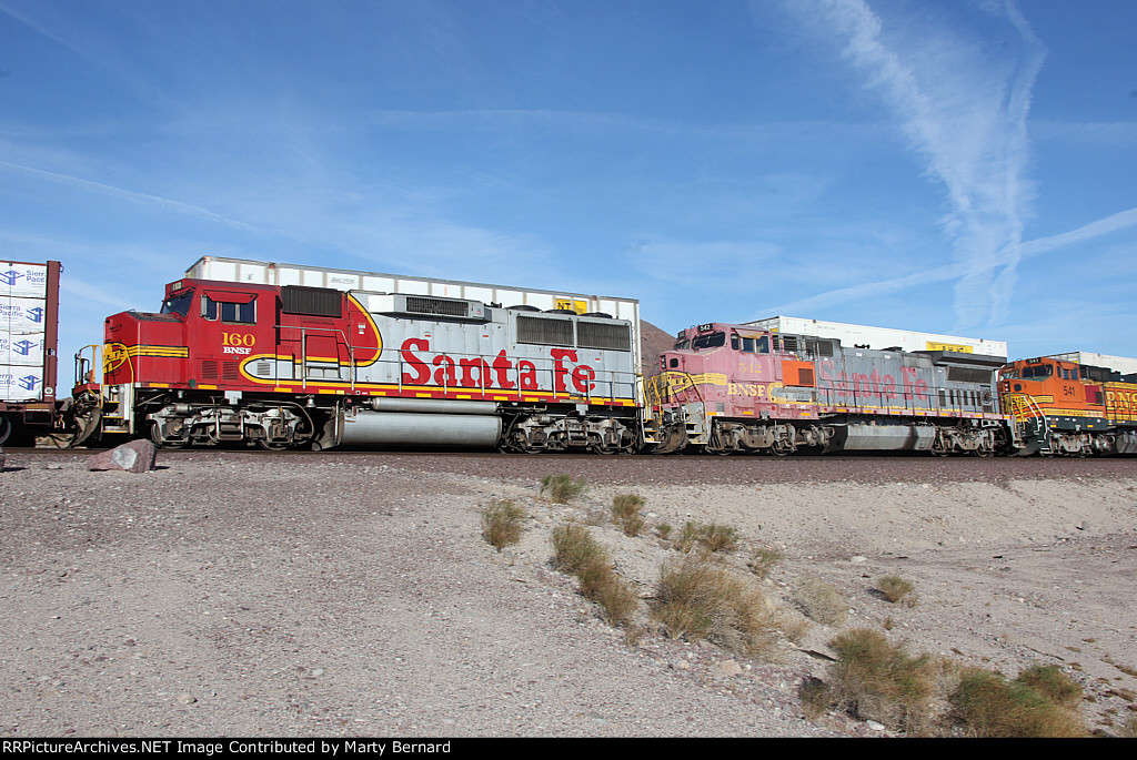 BNSF 160 and 542