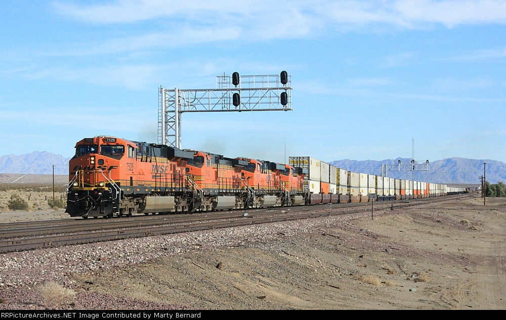 WB BNSF 7525 Used Siding to Go Around Eastbound in Distance