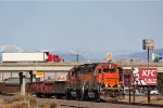 BNSF 2104 and 1705 Lunch Break