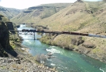 BNSF 4960 Leads Southbound Through the Deschutes River Canyon