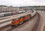 BNSF 5318 and 4132