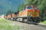 BNSF 4344 leading a consist east out of East Scenic