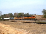 BNSF 7905 leads another H-1