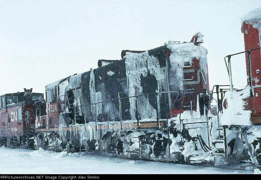 CN 4524
