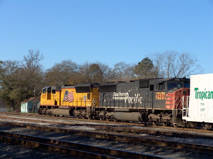 UP 5075 & UP 3986