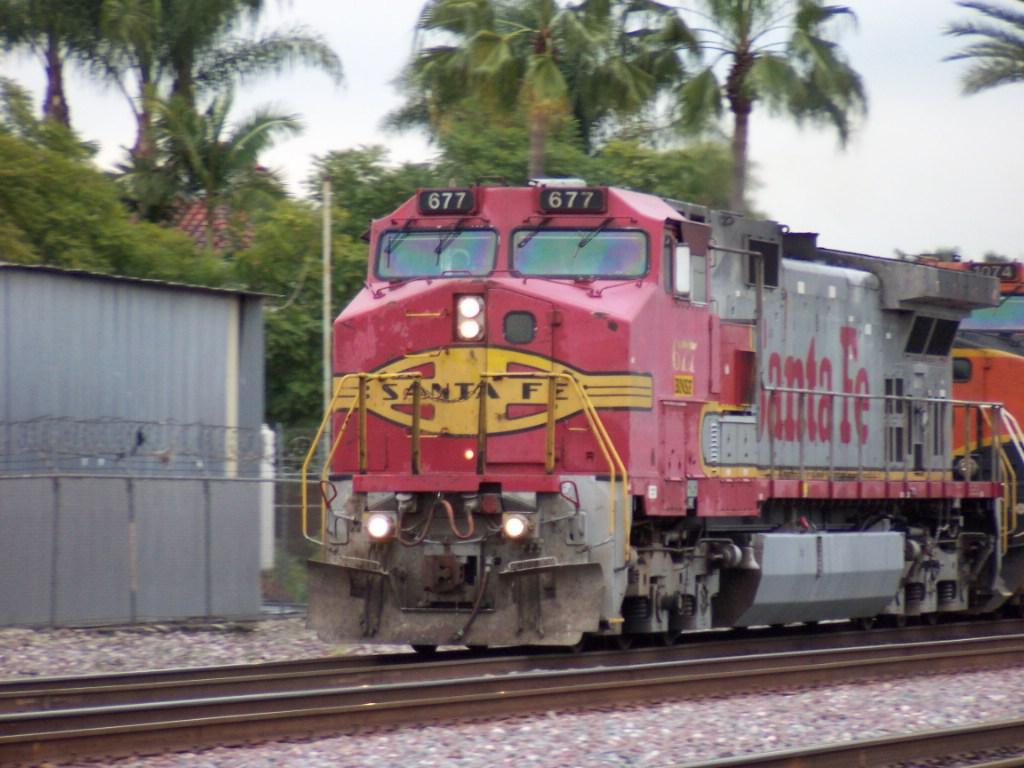 BNSF 677