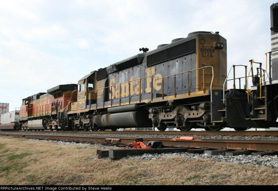 BNSF 6722