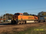 BNSF 7646 leads CSX southbound