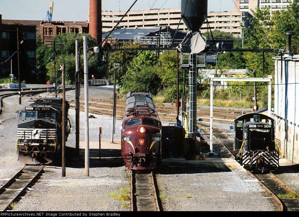 Different generations of locomotives
