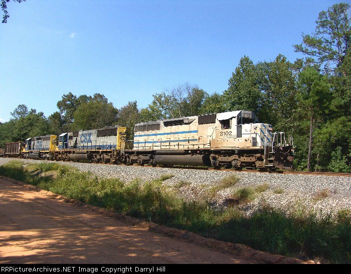 GCFX 3102 leads an all EMD consist