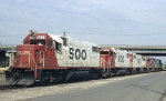 SOO 4429, 4445, and 4415 plus 2 GTs (all GP38-2s?)