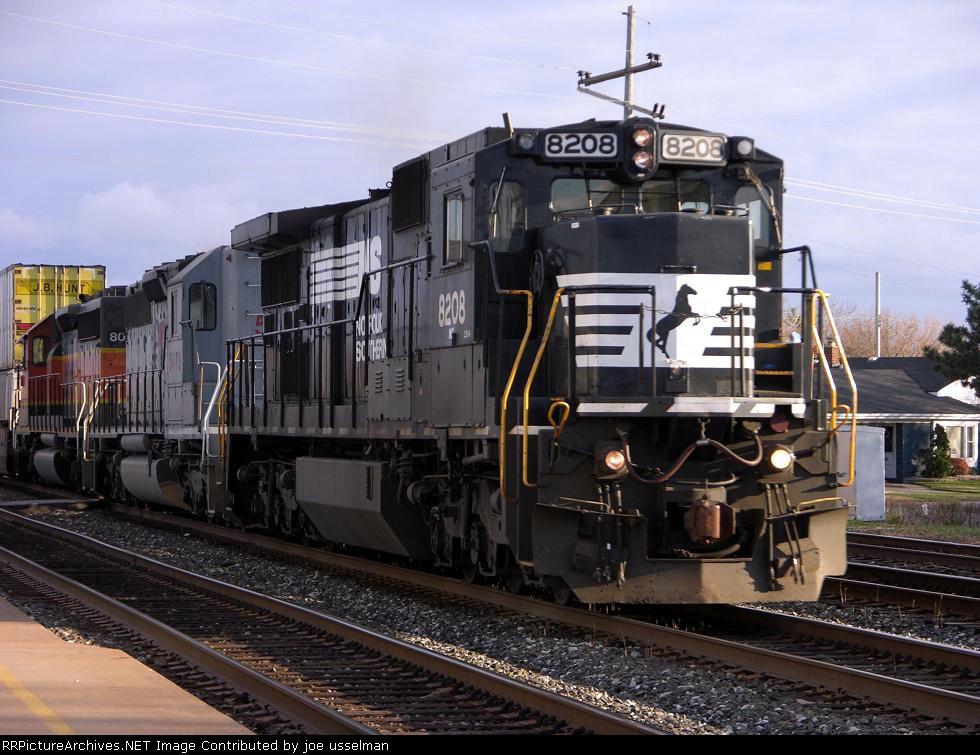NS 8208