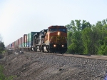 BNSF 546 with WB Stacker
