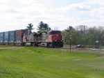CN 2525 leads #A406 EB.