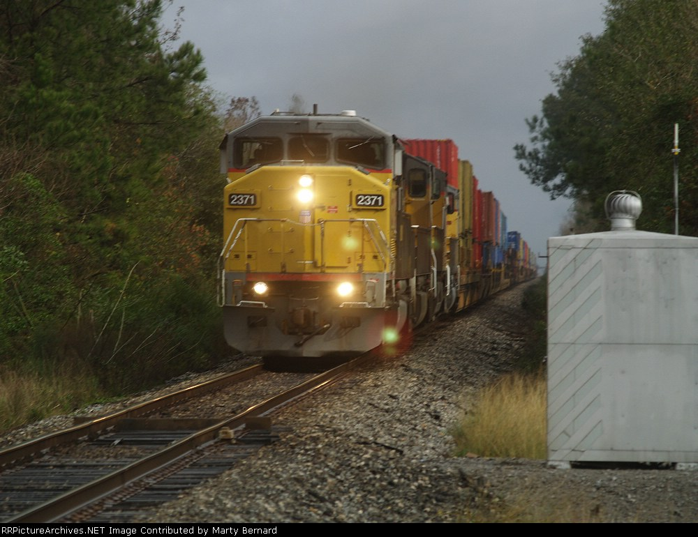UP 2371 (Note Dragging Equipment Detector)