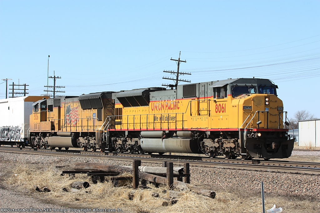 UP 8061 east