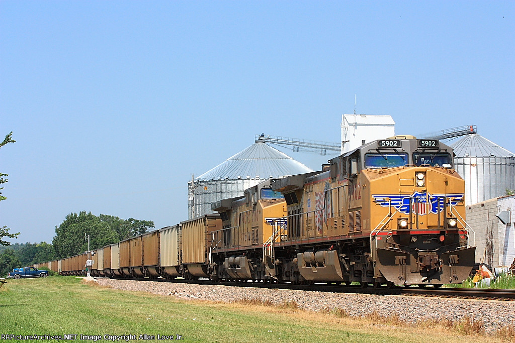 UP 5902 East