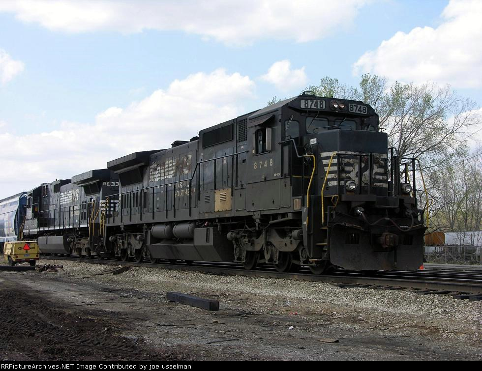 NS 8748