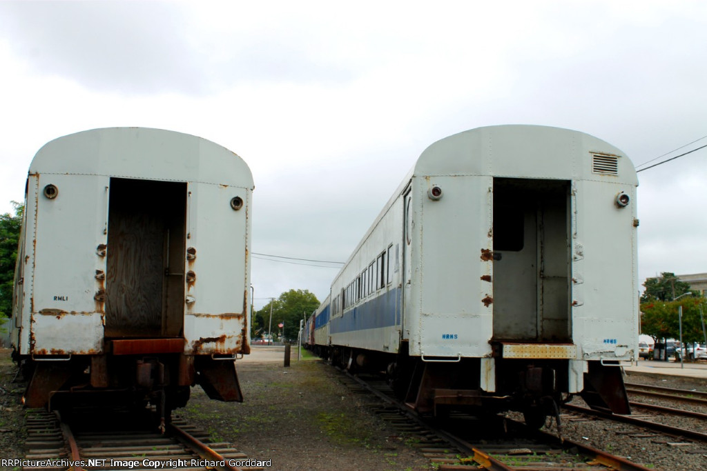 Almost looks like the old days when P72 coaches were everywhere on Long Island