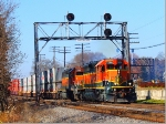 Pair of BNSF SD40-2s lead EB Doublestack