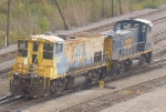 CSX 1211 and 1141 Just Kickerd Their Last Car in Gentilly Yar