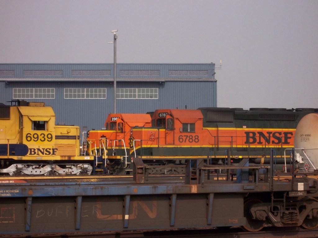 BNSF 6939