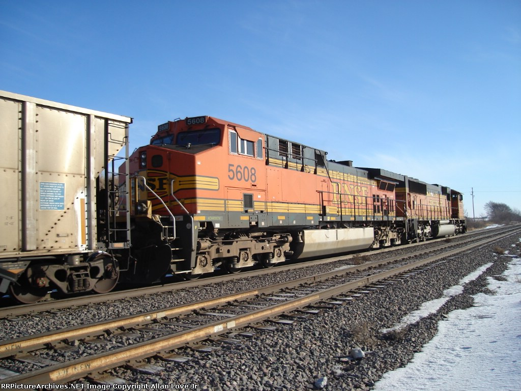 BNSF 9954 east