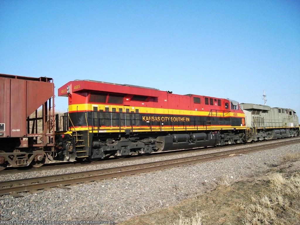 KCS 4695 east