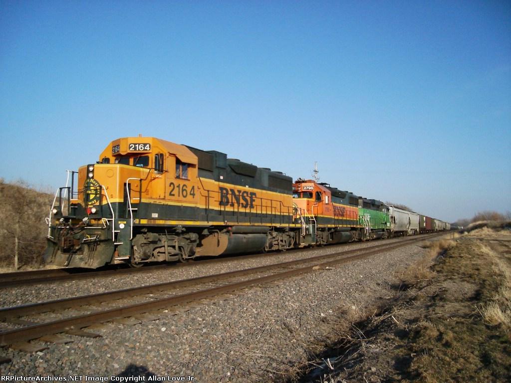 BNSF 2164 west