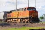BNSF 4744 south