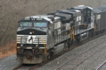 NS coal train power - close up