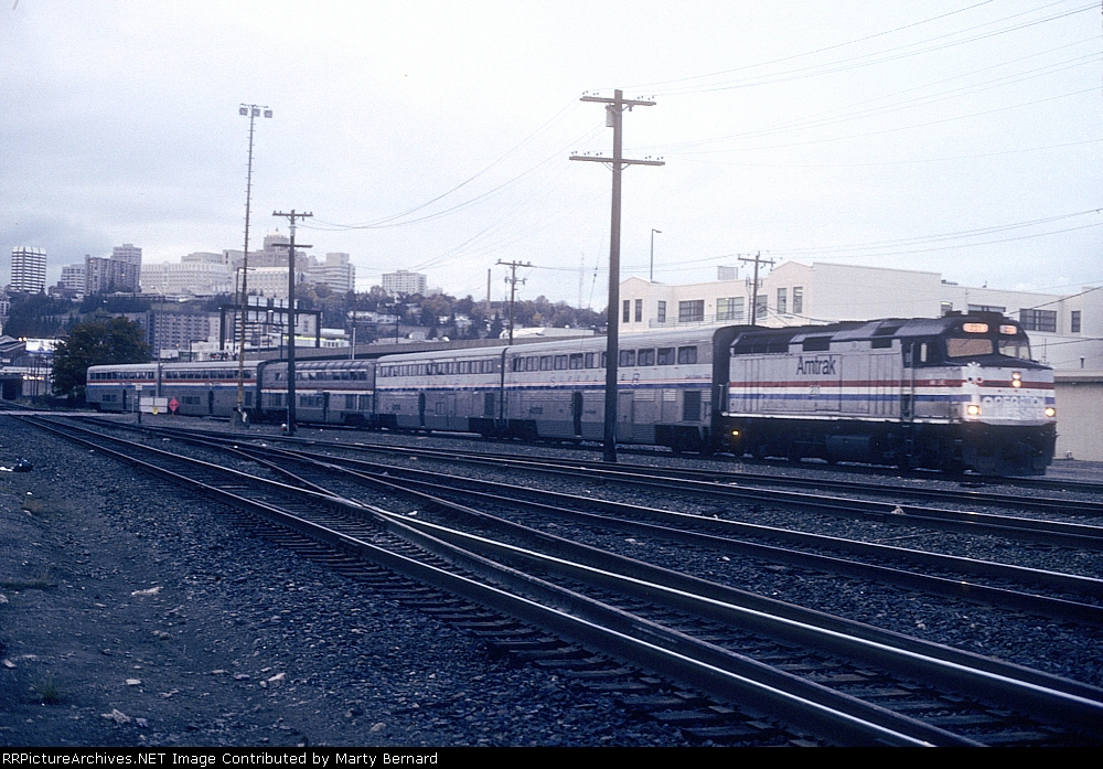 AMTK 231, Tr. 751, A Cascade, Backing Into King St. Station