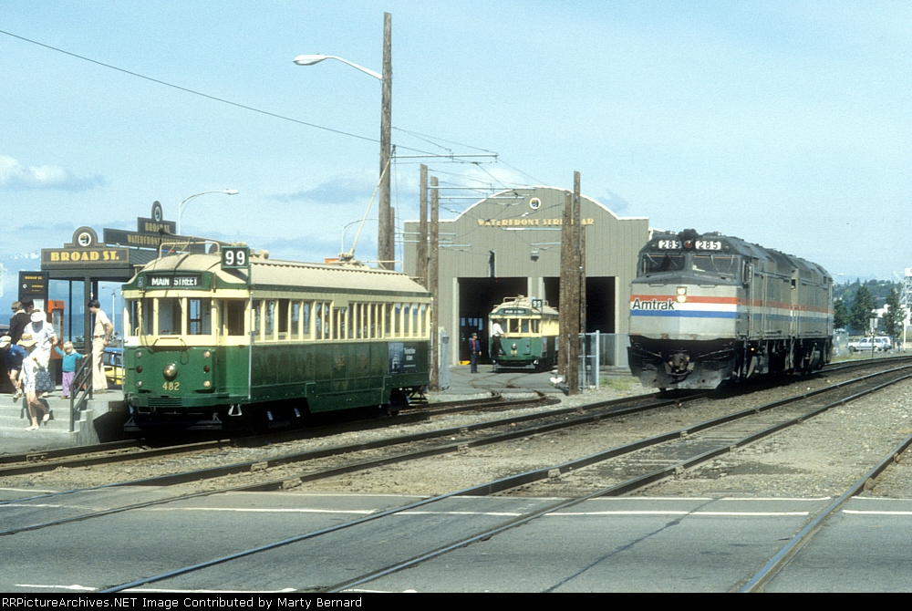AMTK 285 and 282, the SB Coast Starlight's Power Just Left the BN Yards