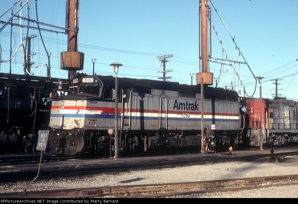 AMTK 319, Fuel Ramp