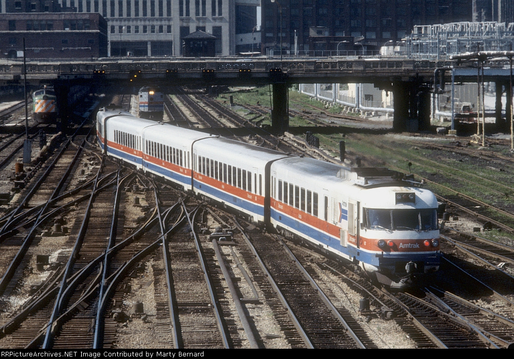 "AMTK 67 ""Backing"" Into Chicago Union Station"
