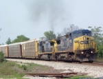CSX 7882 on Q220 heading north