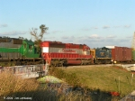 Closeup of ex TRONA RR HLCX 6407 and CSXT 1109 going home to Goulding Yard after inspections.