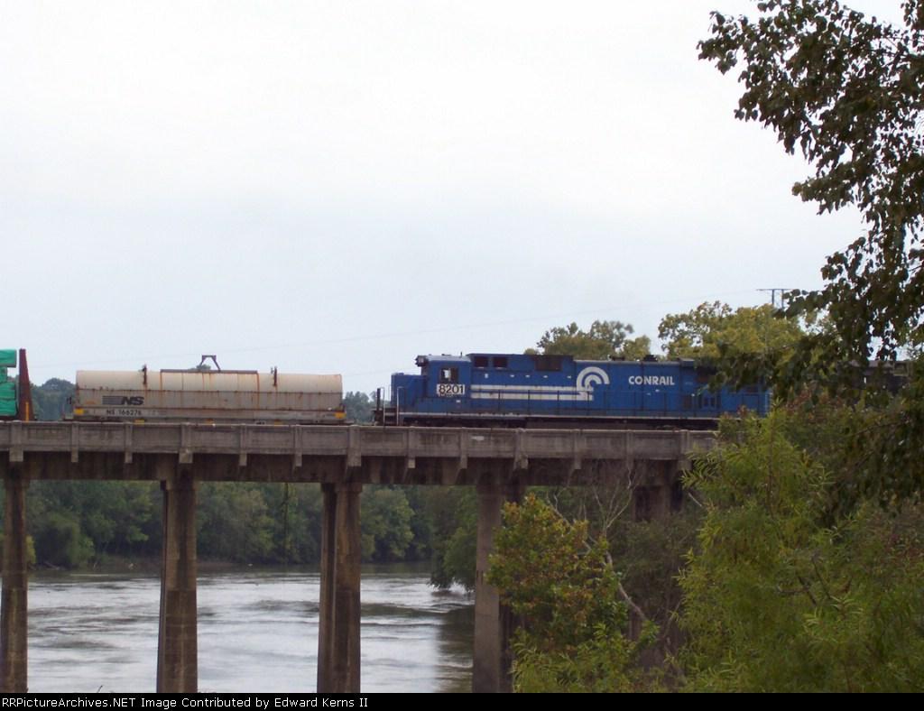 Ex-Conrail C39-8