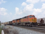 BNSF 5609 on NS coal train heading south (near King Plow)