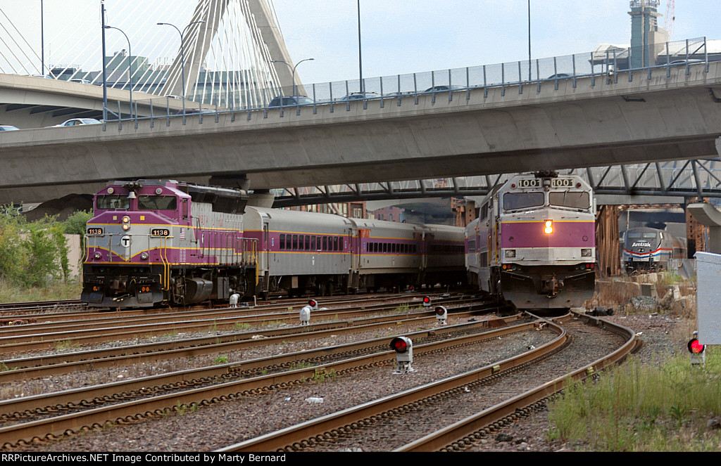 MBTA 1138 and 1001 and AMTK 822 Outbound at Bridges Just North of North Station at 5:46pm