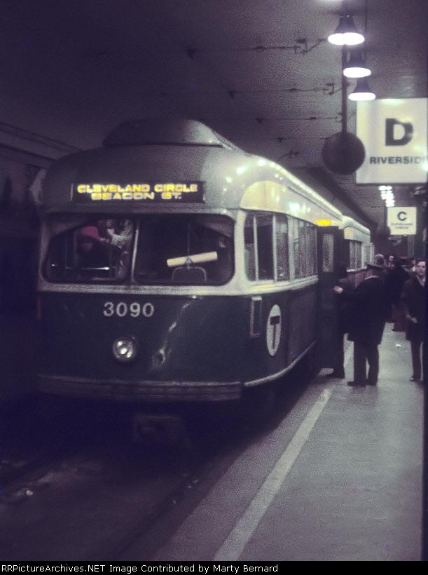 MBTA 3090 at Park Street Station