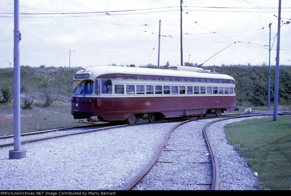 TTC 4400 at Humber Loop