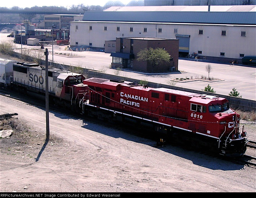 CP 8816 and Soo 6040 on the Muskego yard lead