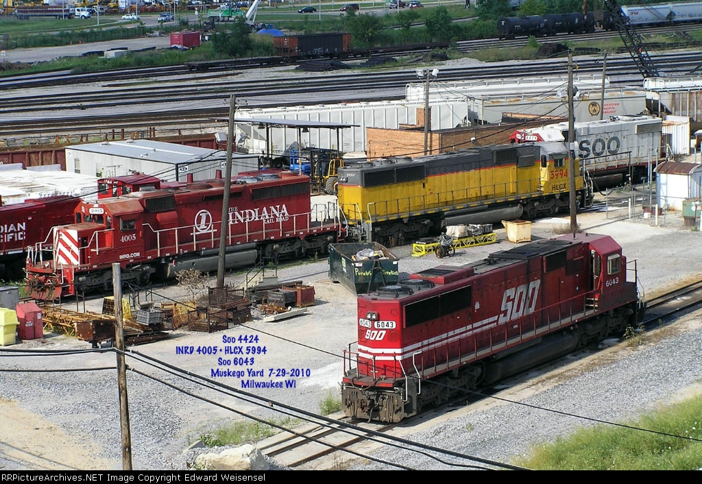Interesting mix today - including a pair of Sd60s  - the HLCX has CNW roots