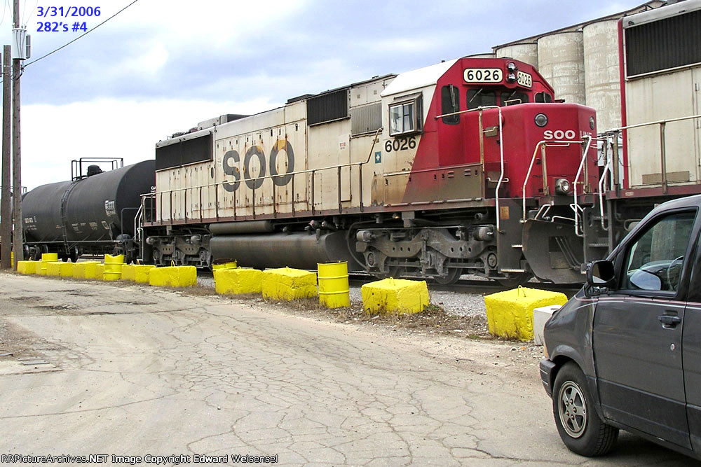 SOO 6026 is the 3rd SD60 trailing CP beaver 8556 on 282