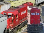 CP 4611 sported two mismatched pair of numbers
