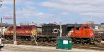 CN 5372 & WC 3024 have the day's L510 transfer from Shops