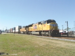Q198 has UP 3816 and 9881 on the PD/P&A bound intermodal