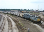 1169 & 1164 shoving a long cut of cement hoppers back into the yard
