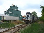 371 leading 301 southward past the old grain elevator